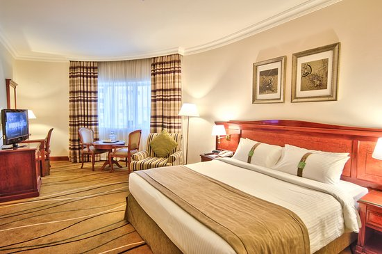 Holiday Inn Downtown Dubai Hotel