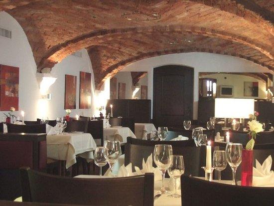 Hotel Lehmeier: Restaurant/ Gewölbe