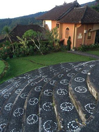 Мундук, Индонезия: Puri Lumbung Cottages