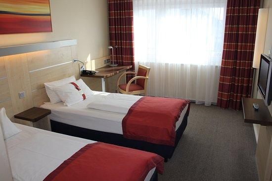 Leinfelden-Echterdingen, Germany: Double Bed Guest Room
