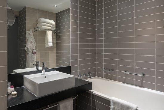Crowne Plaza Manchester City Centre: Guest Bathroom