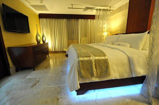 Hodelpa Gran Almirante Hotel & Casino: Habitación del hotel Hodelpa Gran Almirante, en Santiago, Republica Dominicana 6