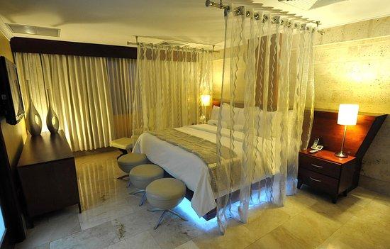 Hodelpa Gran Almirante Hotel & Casino: Habitación del hotel Hodelpa Gran Almirante, en Santiago, Republica Dominicana 7