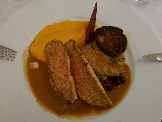 Coulanges-la-Vineuse, Francia: Plat Filets de Rouget