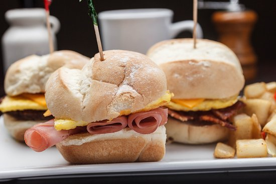 Gretna, LA: Breakfast sliders served at the Holiday Inn New Orleans Westbank