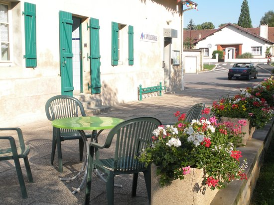 Stenay, France : Vue extérieure de la capitainerie, annexe estivale de l'office de tourisme