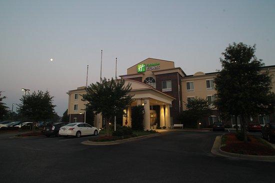Pembroke, Karolina Północna: Hotel Exterior