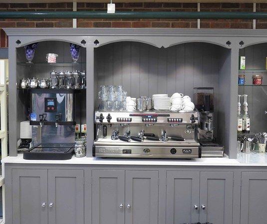 Très Camelia Botnar Coffee Shop, Cowfold - Restaurant Reviews, Phone  NS75