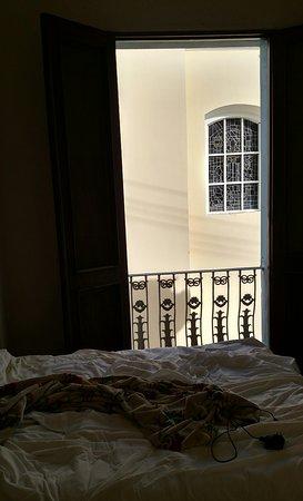 Da House Hotel: IMG_20170119_072049_large.jpg