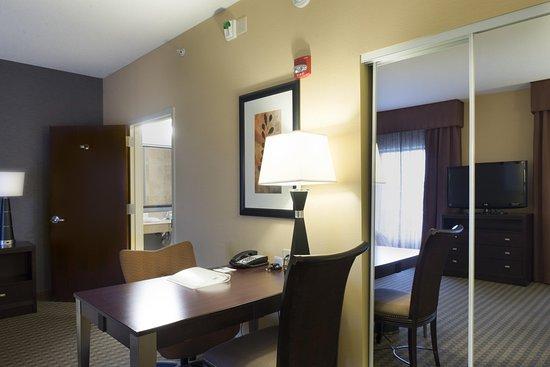 Vineland, NJ: Room Desk