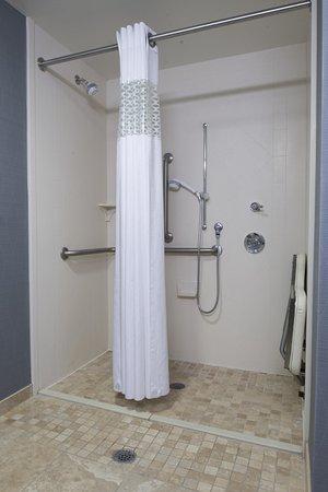 Vineland, NJ: Roll-in Shower