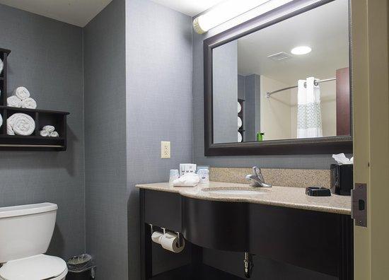 Vineland, NJ: Standard Bathroom