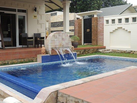 Mandala Private Pool Villas