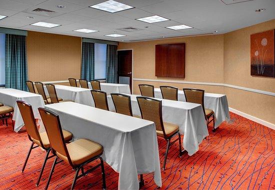 Chester, VA: Meeting Room