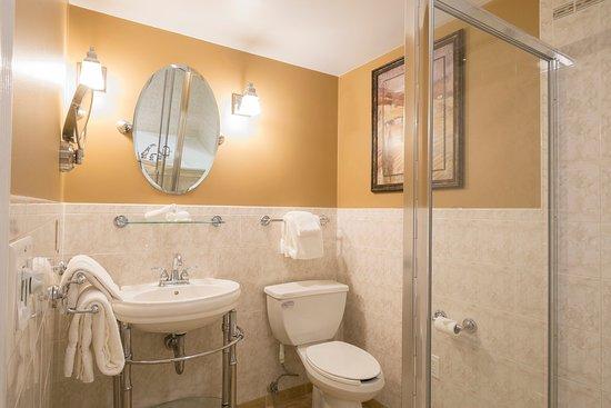 Herkimer, Nova York: Bathroom Whirlpool Room