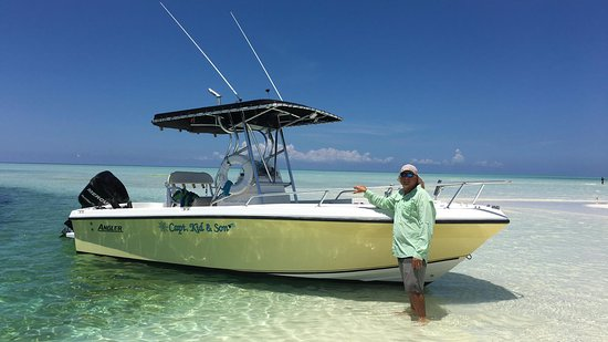 Spanish Wells, Eleuthera: Capt. Kid and Son Fishing Charters