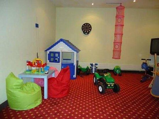 Лейкербад, Швейцария: Childrens playroom