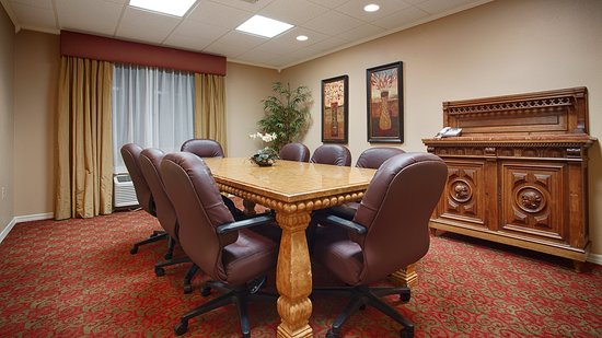 Best Western International Speedway Hotel: Perfect for Meetings and Events