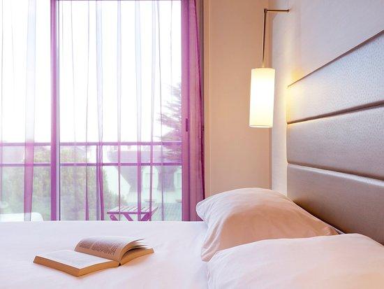 Ibis styles quiberon centre hotel france voir les for Chambre 507 avis