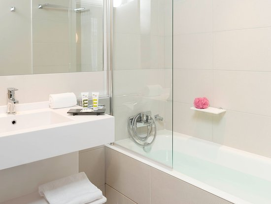 Levallois-Perret, France: Guest Room
