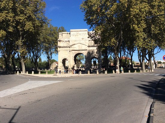 Orange triumphal arch