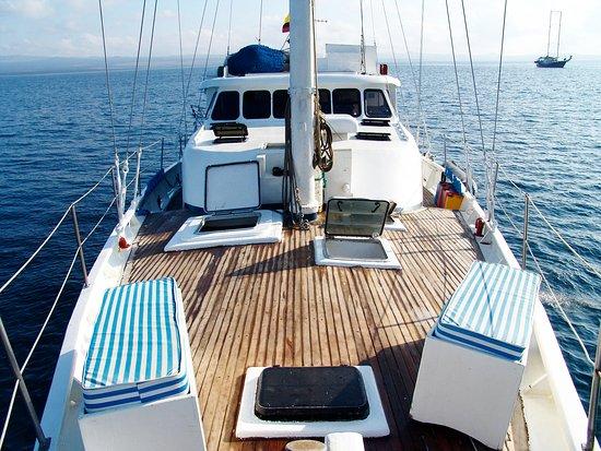Puerto Villamil, Ecuador: Get onboard M/S Encantada