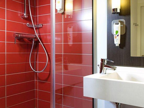 Ibis Styles Lyon Centre Gare Part-Dieu: Guest Room