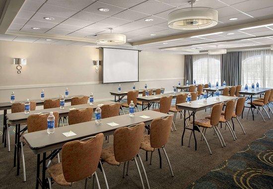 Great Barrington, MA: Meeting Room – Classroom Set-up