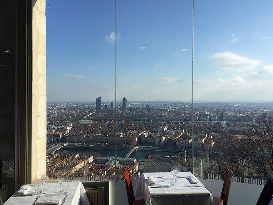 Le Restaurant de Fourviere: Amazing View!