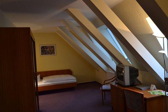 Grossbeeren, Germany: Guestroom STEZ 1