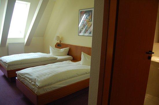 Grossbeeren, Germany: Guestroom STDZ 1