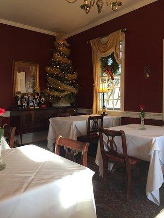 Inn At Meander Plantation : More dinning