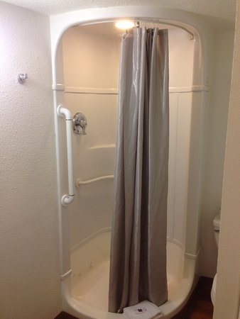 Motel 6 South Padre Island: Modern shower. There is no bathtub in the room. (which is a plus for me)