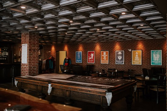 Medicine Hat, Canadá: Inside the brewery Taproom