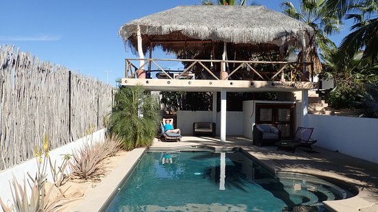 Casa Rancho pool and upper deck