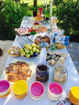 Acquaviva Picena, Italy: La nostra colazione