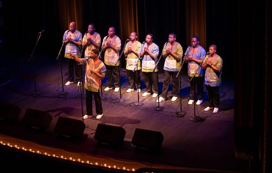 Marietta, OH: Ladysmith Black Mambazo at Peoples Bank Theatre, July 17, 2016