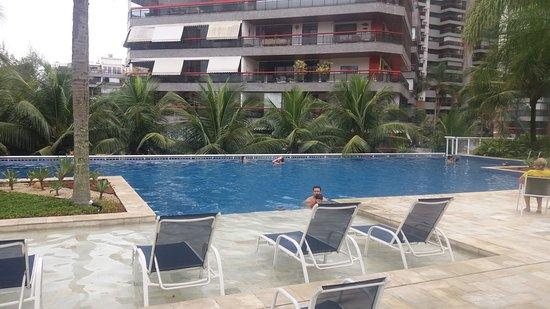 Next: Área da piscina, muito boa, aconchegante e espaçosa.