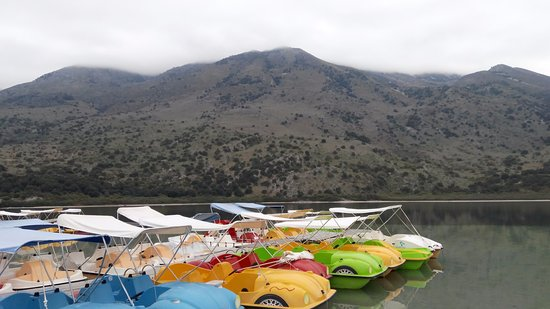 Kournas, Greece: Озеро Курнас, пресноводное