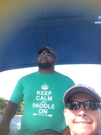 Cades Bay, Antigua: Wee boat trip during our paddling morning