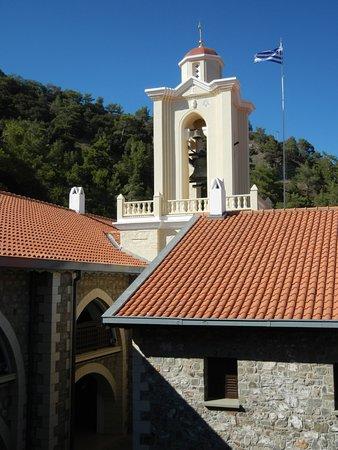 Pedoulas, قبرص: монастырь Киккос
