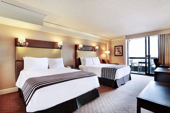 Sandman Signature Vancouver Airport Hotel And Resort