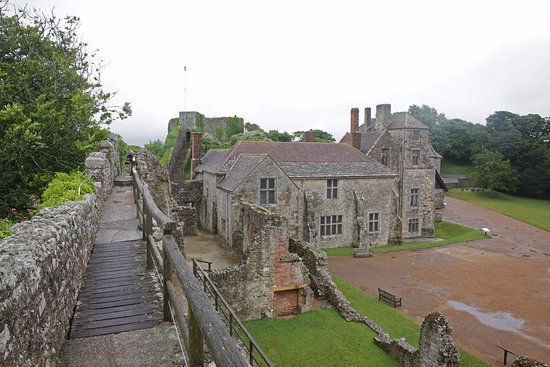 Newport, UK: Carisbrooke Castle