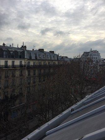 Avalon Suites Paris Gare du Nord : Vista