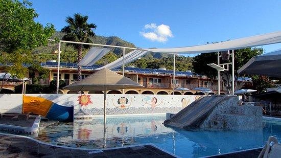 Hotel Balneario San Juan Cosala: Área con alberca para niños