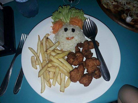 Sol de Bombinhas Premium: plato infantil