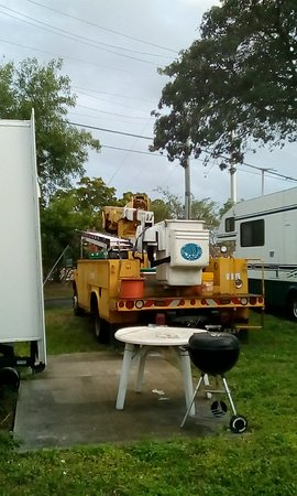 Oakland Park, FL: Utility Truck on lot