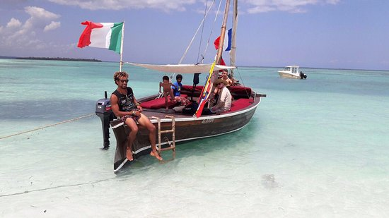 An unforgettable experience sailing from Kendwa and Nungwi, we will pick you up from your hotel