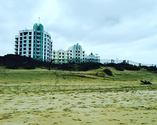 Suncoast Towers - A view from the beach