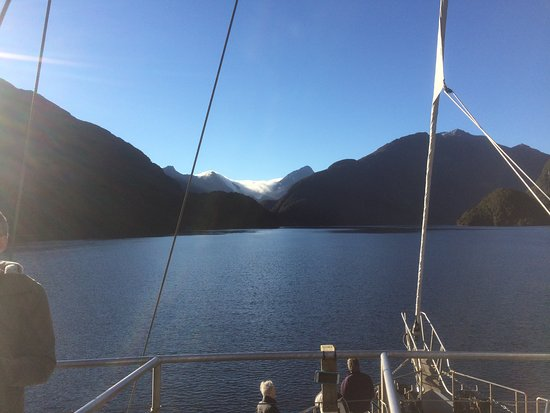 Fiordland National Park, New Zealand: Vessel in Doubtful Sound